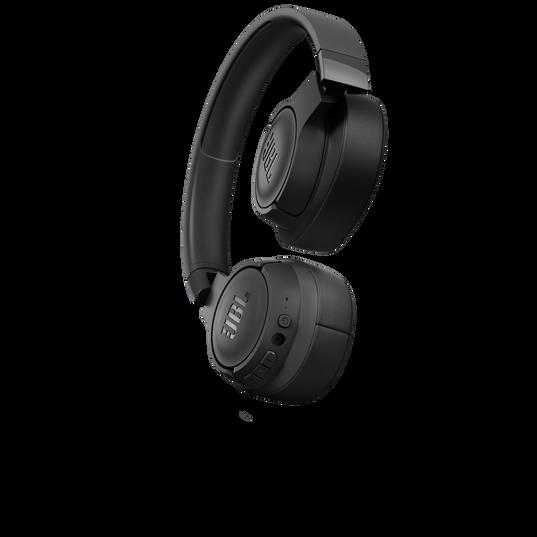 JBL TUNE 700BT - Black - Wireless Over-Ear Headphones - Detailshot 1